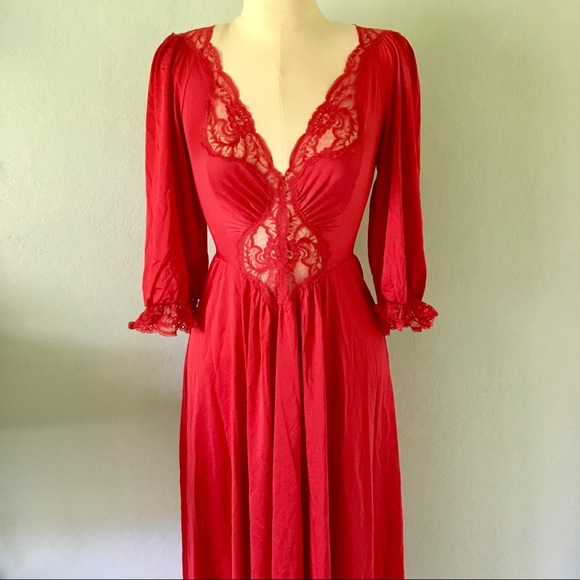 Vintage Olga Red Nightgown with Sleeves. M 5ae8a9165512fda10784044b 00ed4a054
